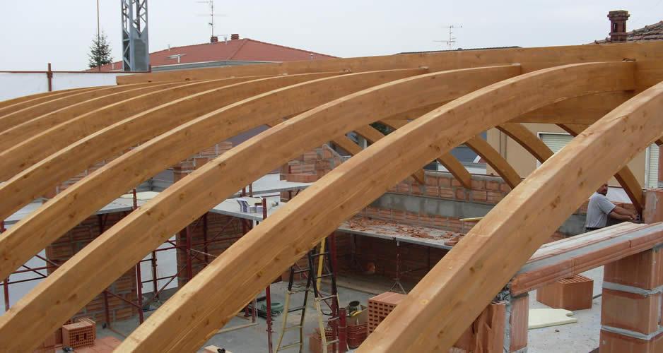 Tecnowood Brescia, il tetto in legno è sicuro?