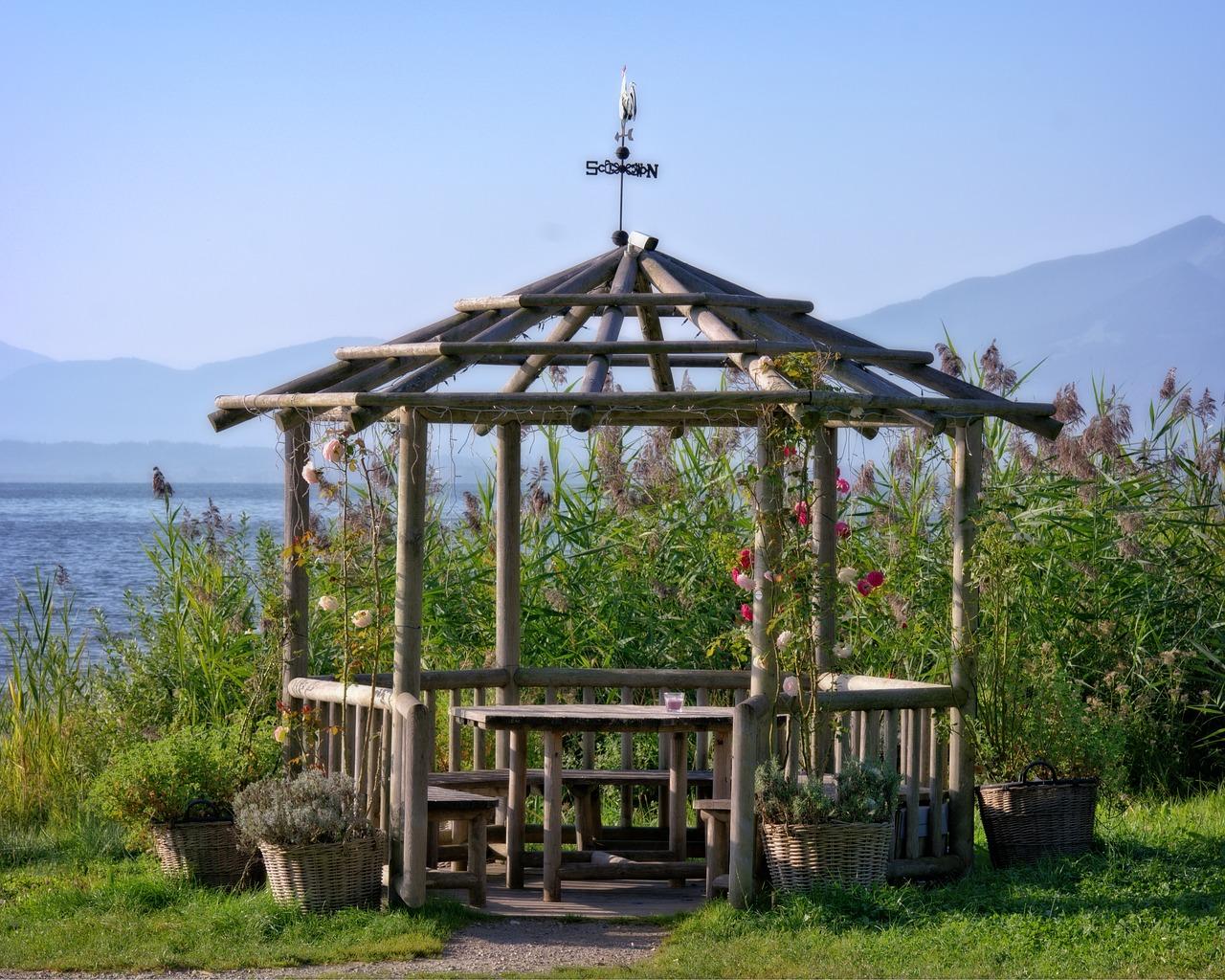Tecnowood Brescia, gazebo da giardino autorizzazioni