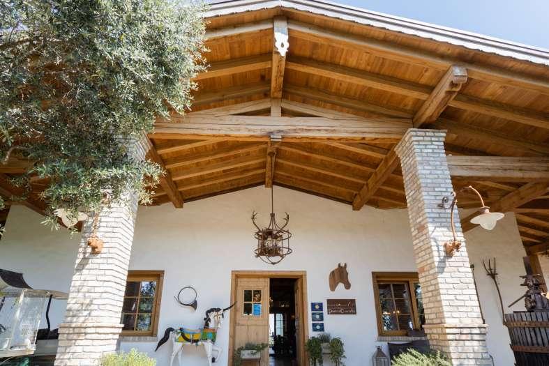 Tecnowood Brescia, copertura in legno e porticato in legno Pietracavalla